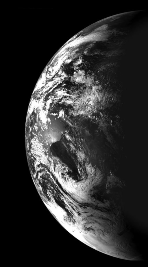 chandrayaan1 tests out camera target earth