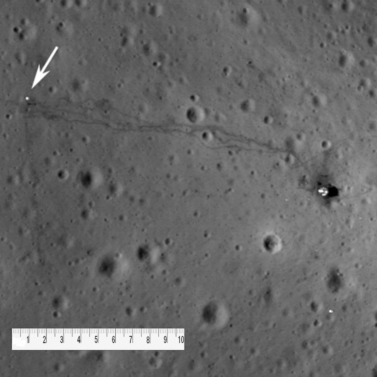 apollo tracks on moon - photo #7