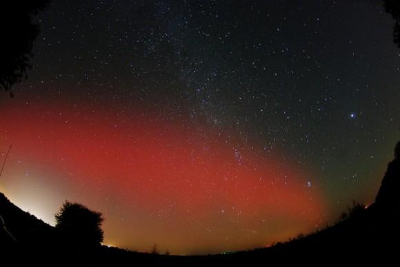 aurora very dark red - photo #28