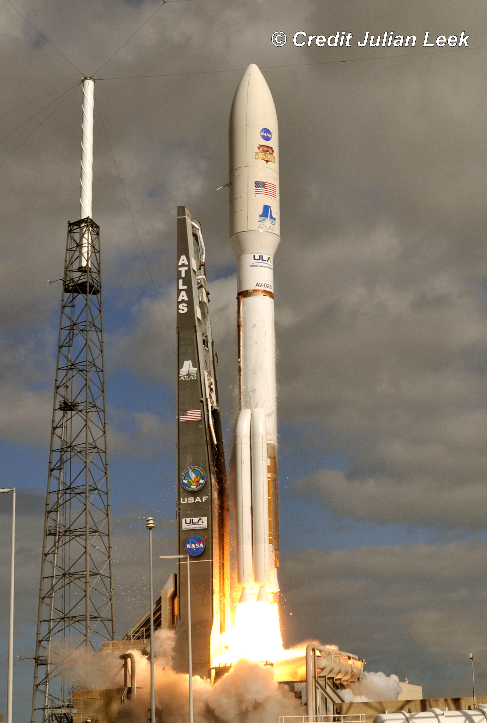 Curiosity Mars Rover Launch Gallery – Photos and Videos