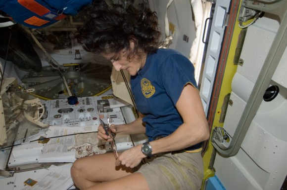 Take A Guided Tour Of The International Space Station