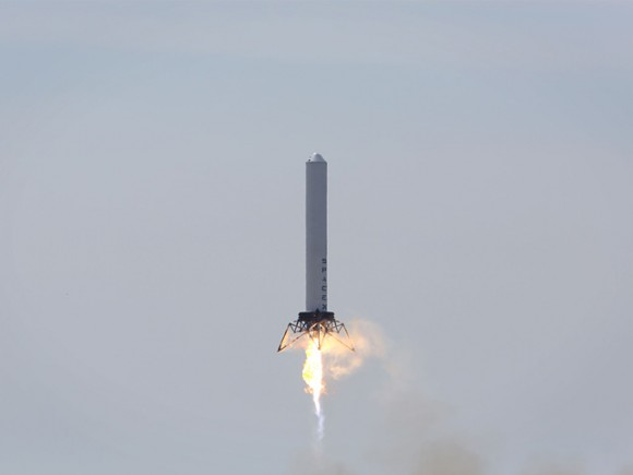 The SpaceX Grasshopper during its test flight on March 7, 2013. Credit: SpaceX.