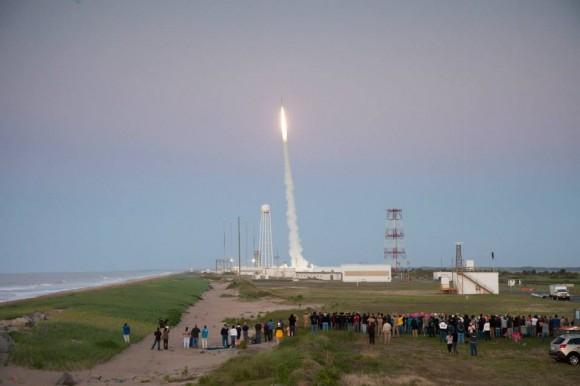 RockOn 2013 University student payload blasts off on June 20,2013 atop a NASA Terrier-Improved Orion suborbital rocket from NASA Wallops at Virginia's eastern shore. Credit: NASA/Chris Perry