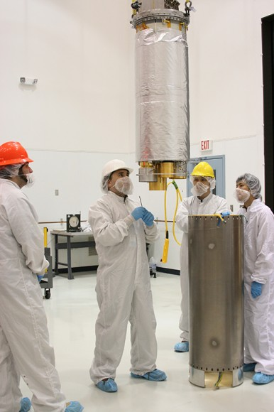 Preparing the CIBER instrument for flight. The optics and detectors are cooled by liquid nitrogen to -19C (77 K, -312F) during the flight to eliminate infrared emission from the instrument and to achieve the best detector sensitivity. Photo: NASA/Berit Bland