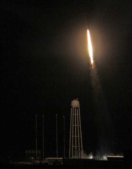 Night launch of NASA Black Brant XII suborbital rocket at 11:05 p.m. EDT on June 5, 2013 from NASA Wallops Flight Facility, VA carrying CIBER astronomy payload. Credit: Ken Kremer