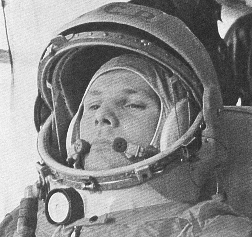 1961 Yuri Gagarin - Pics about space