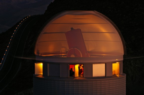 The four-foot (1.2-meter) Leonhard Euler Telescope at the European Southern Observatory. Credit: M. Tewes/ESO