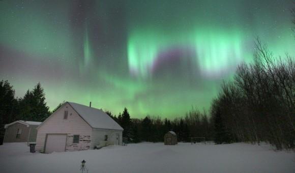 2013 St. Patrick's Day aurora in Duluth, Minn.  Credit: Bob King