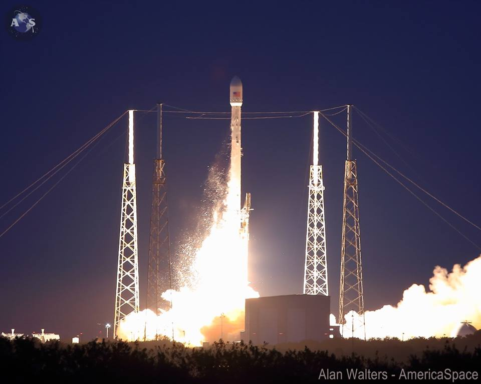SpaceX SES-8 Flawlessly Beautiful Dec. 3 Launch – Photo ...
