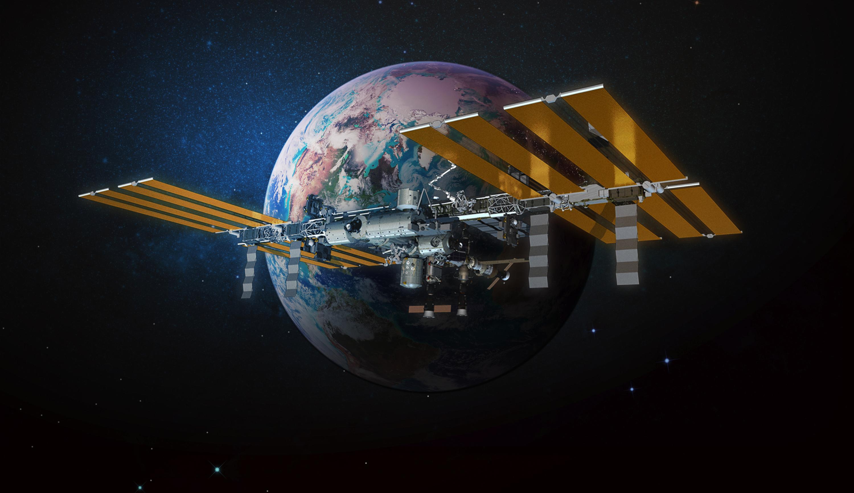 astronaut orbiting space station - photo #12