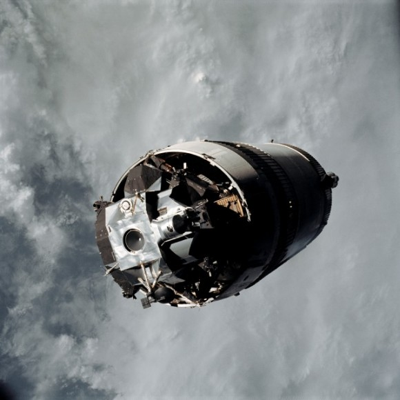apollo space orbit - photo #35