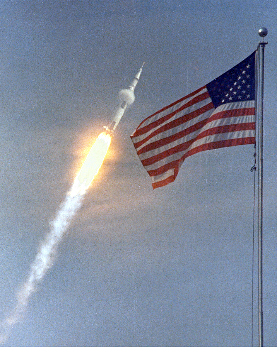 Apollo 11 Splashdown 45 Years Ago on July 24, 1969 ...